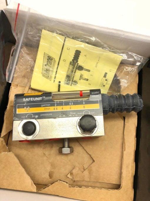 NEW IN BOX JOHN CRANE SAFEUNIT TYPE SFQ-08-00 FLOW MONITOR CONTROLLER (B453) 1