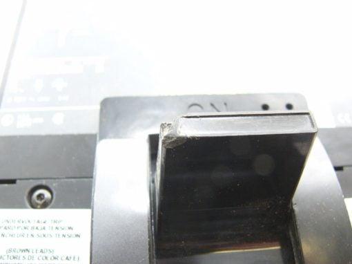 SQUARE D 12-718012-13 400A CIRCUIT BREAKER 11286 AUX SWITCH 11128 UND
