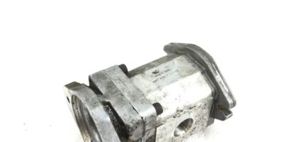 USED SUNDSTRAND SNP2/22 D SC36 2/8K HYDRAULIC GEAR PUMP, FAST SHIPPING! B365 1