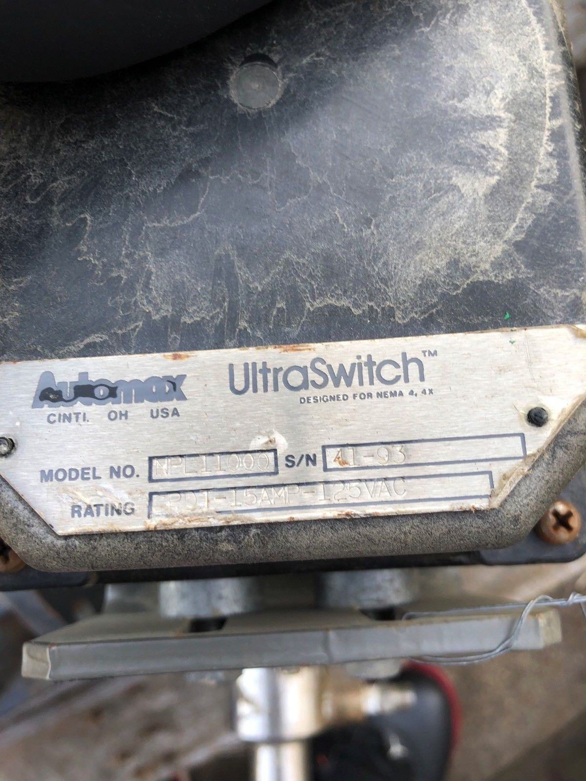 USED AUTOMAX ULTRASWITCH NPLII000 ACTUATOR SCBSP110C NELES JAMESBURY VALVE PTFE 2