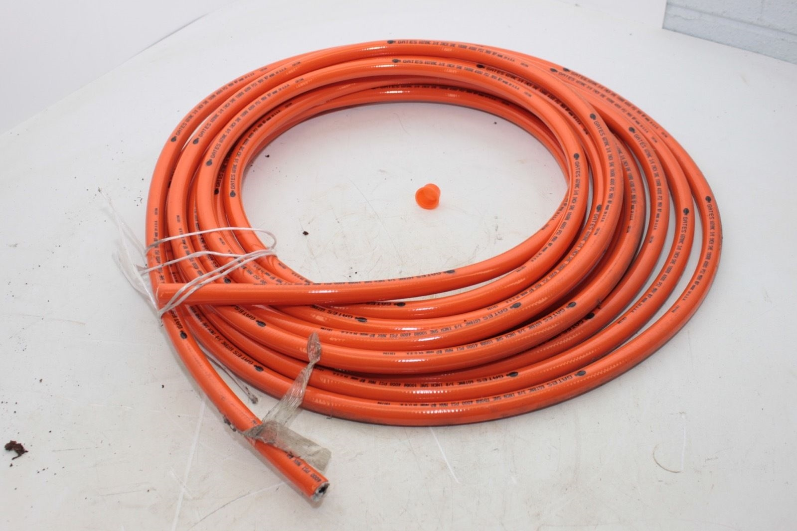 NEW IN BOX Gates 6GT8NC 3/8� inch Hydraulic Hose 4000 PSI Length unknown 1