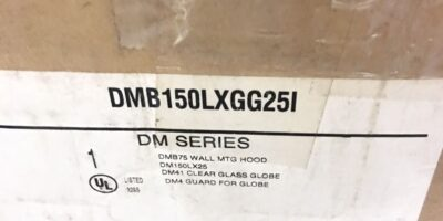 NEW IN BOXÂ OZ GEDNEY DM SERIES DMB150LXGG25I LAMP WITH WALL MOUNTING HOOD (TLO) 1