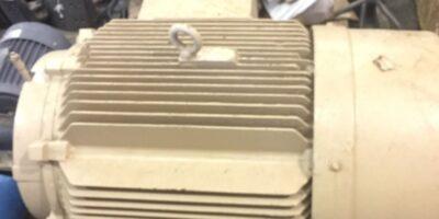 SIEMENS RGZSD 125HP RPM 1790 FRAME 445TS 460 VAC 3 PHASE ELECTRIC MOTOR (NP13) 1