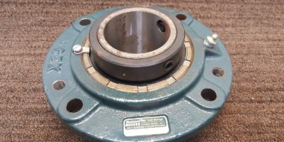 Rexnord self aligning bearing ZBR-2207 **NEW** (B195) 1