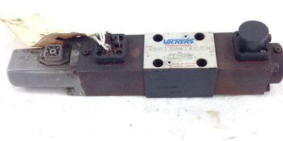 Vickers KFDG4V-3-33C20N-Z-M-U1-H7-20 Reversible Hyd Proportional Valve B387 1